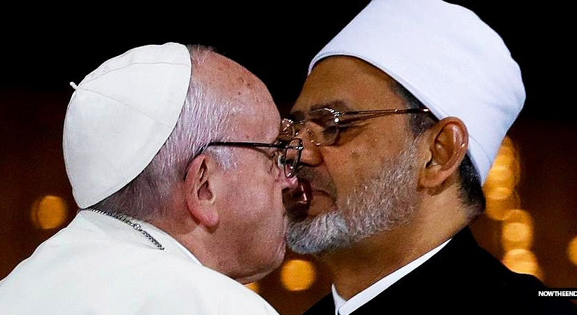 pope-francis-and-ahmed-al-tayeb.jpg?w=825&h=450&crop=1
